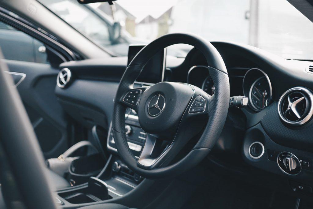 Ozonificare interior auto